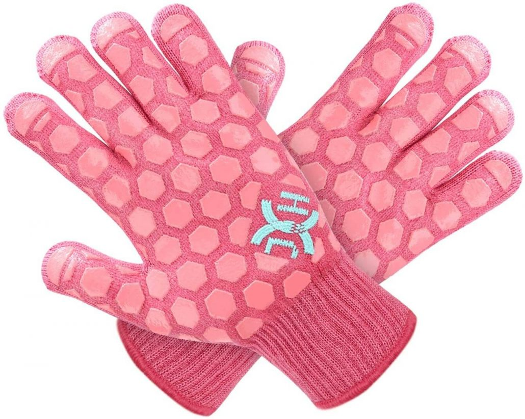 Heat resistant oven glove by JH.