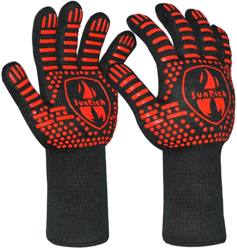 Sunrich extreme heat bbq and grilling gloves.