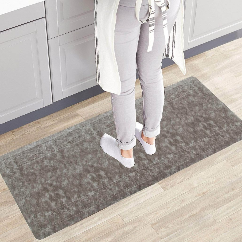 Anti-fatigue kitchen mat by Hebe.