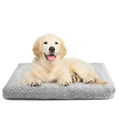 Durable bed pad for dog crates by Rabbitgoo.