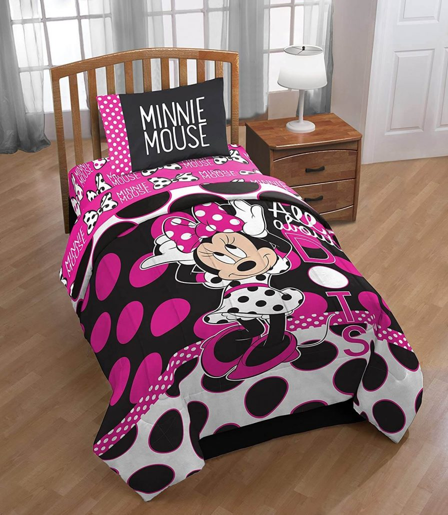 Reversible Minnie Mouse twin comforter for kids by Disney.