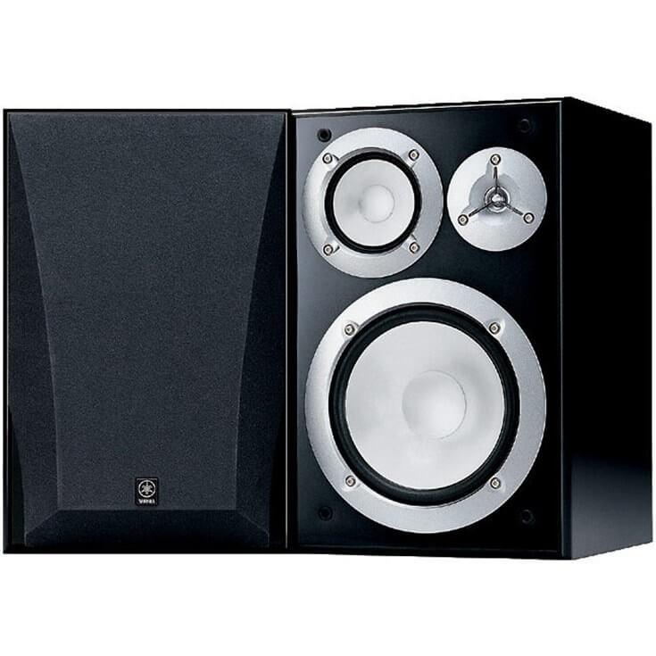 Home bookshelf speakers by Yamaha.
