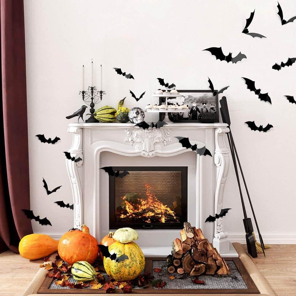 3-D bats for indoor and outdoor Halloween decor.
