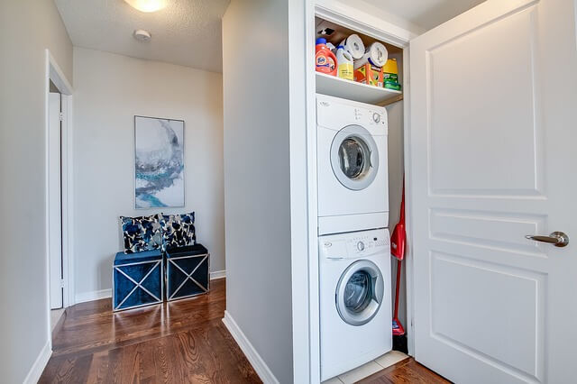 Tips for keeping your laundry room organized.