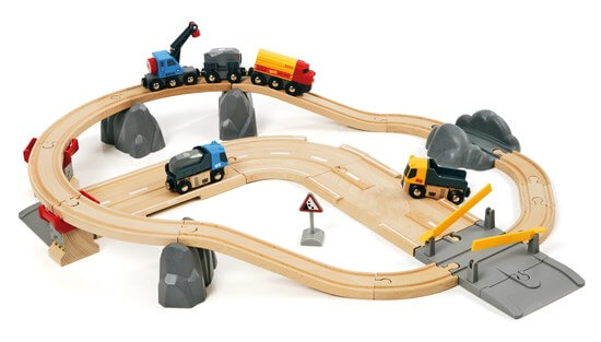 Rail and Road Loading train set for toddlers by Brio.