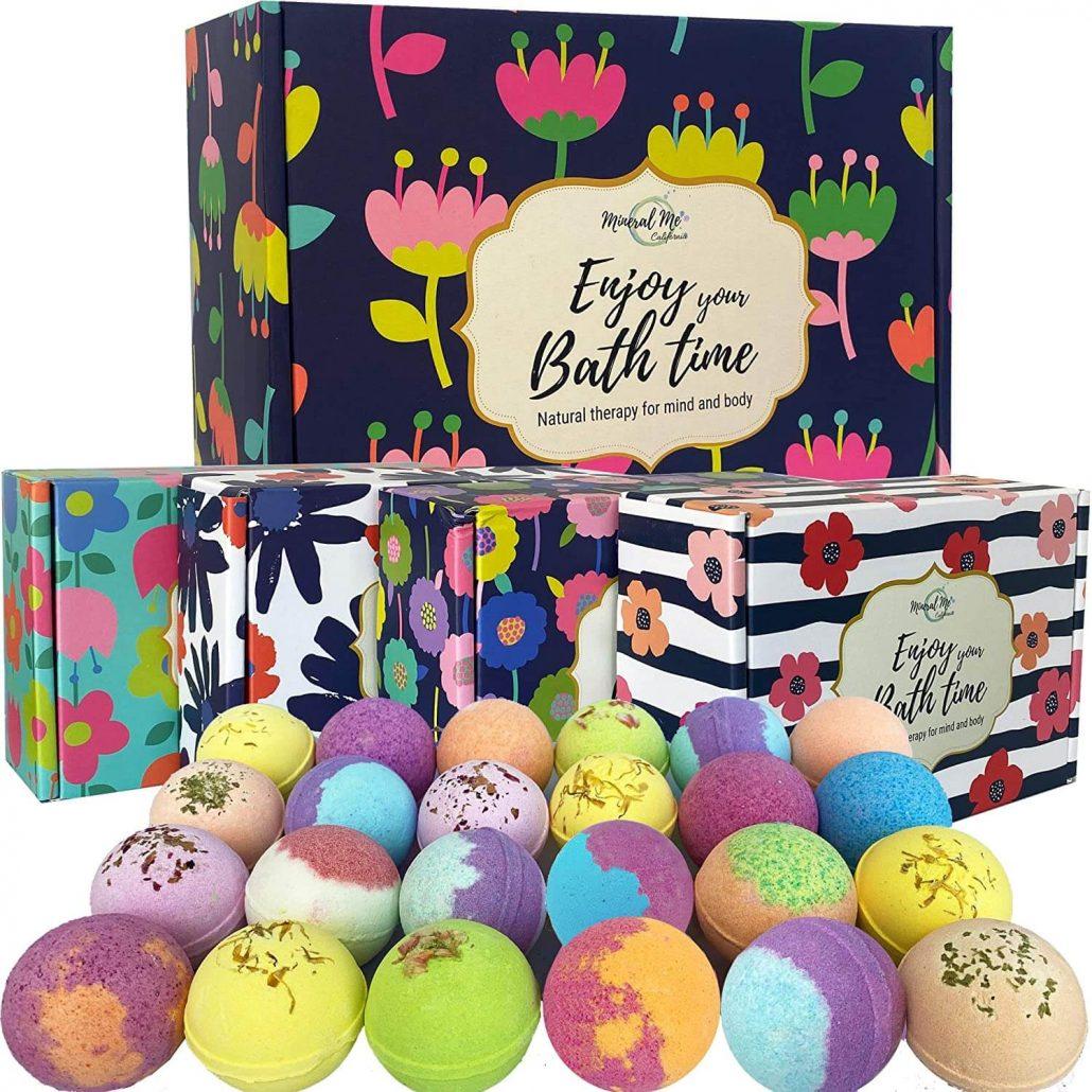 Aromatherapy bath bomb gift set for Mom.