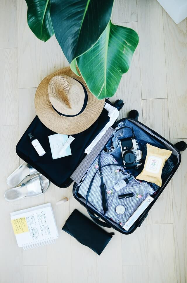 How do you pack clothes for a vacation?