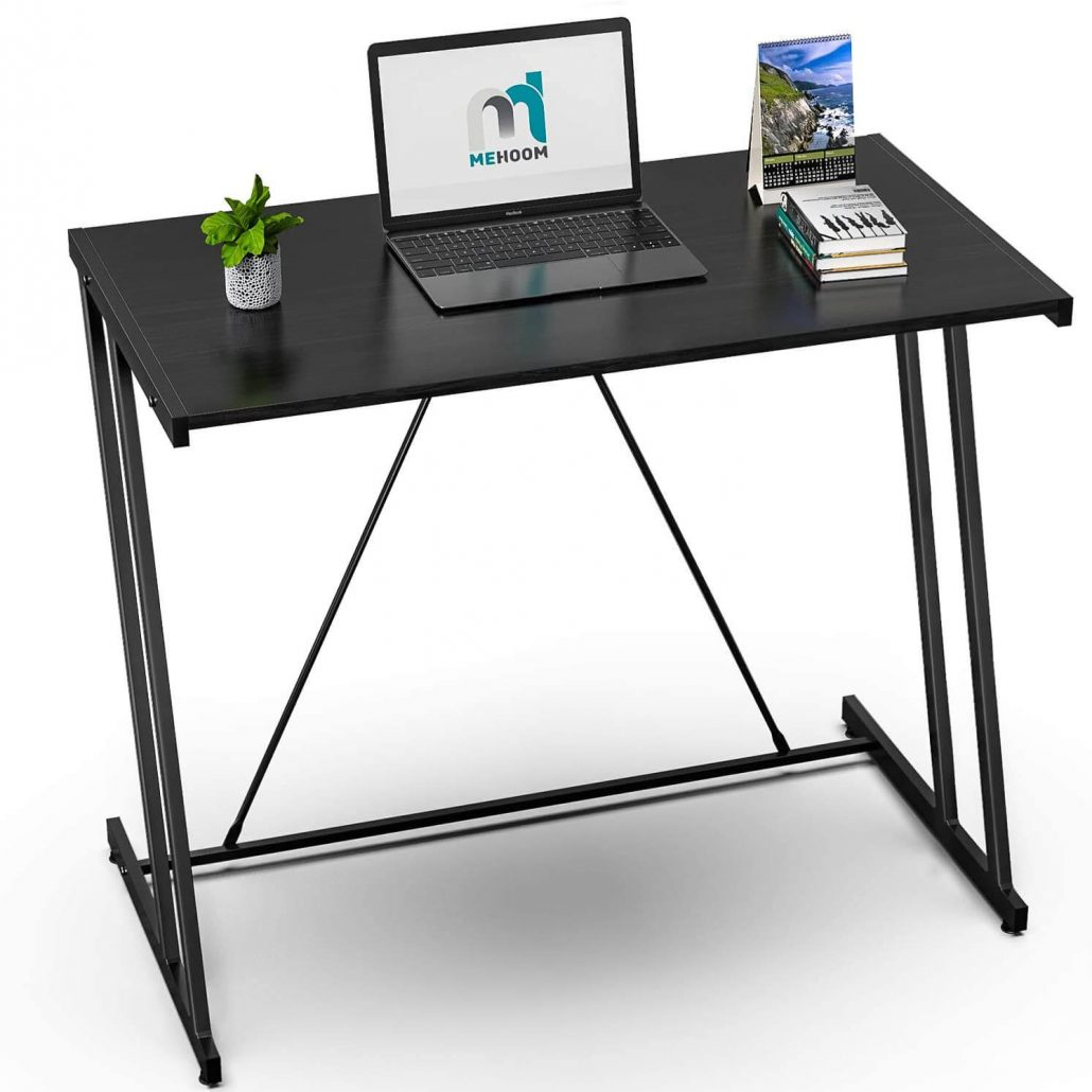 Small computer desk for home office by M Mehoon.