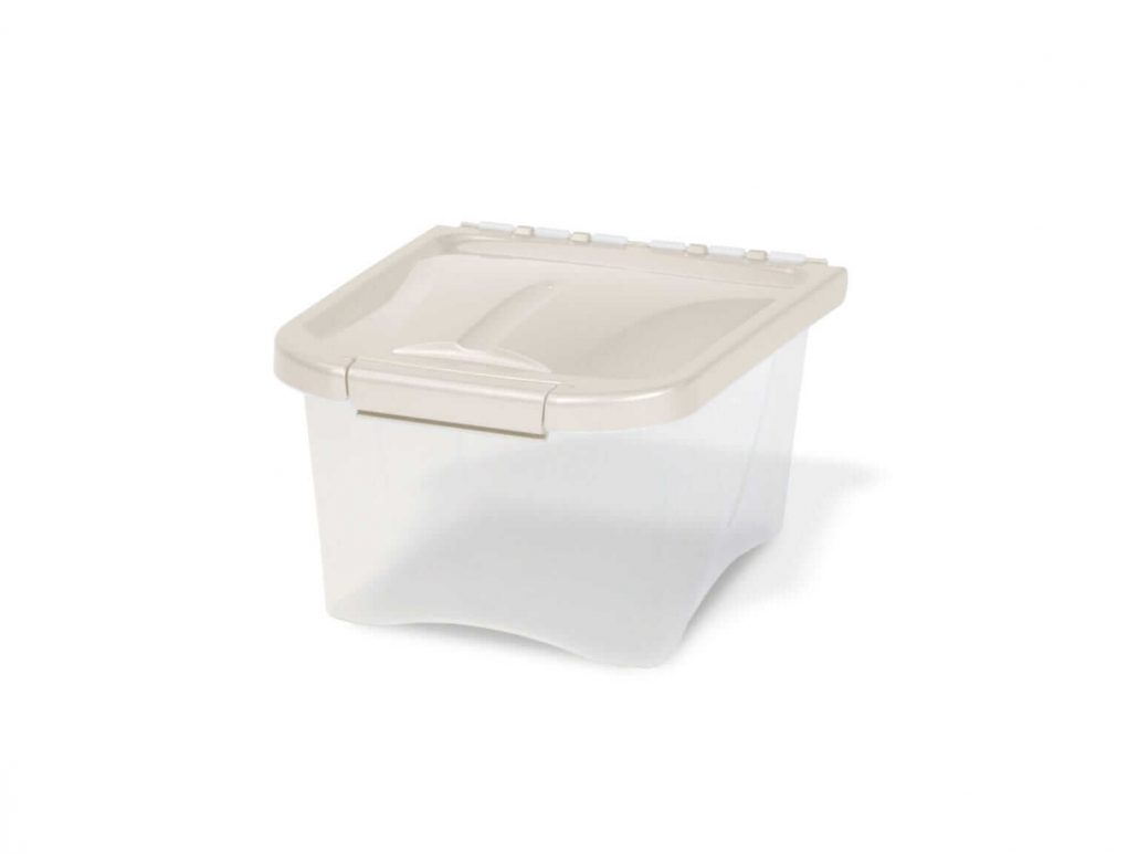5 pound airtight dog food storage container by Van Ness.