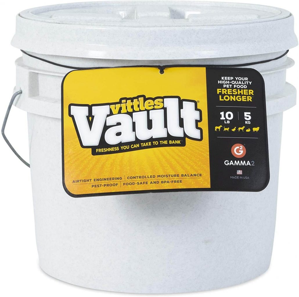 Ten pound airtight dog food storage container by Vittles Vault Gamma 2.