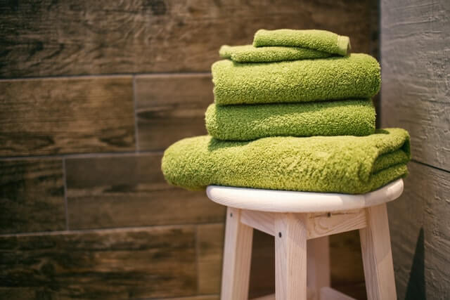 Is it ok to store towels in the bathroom?