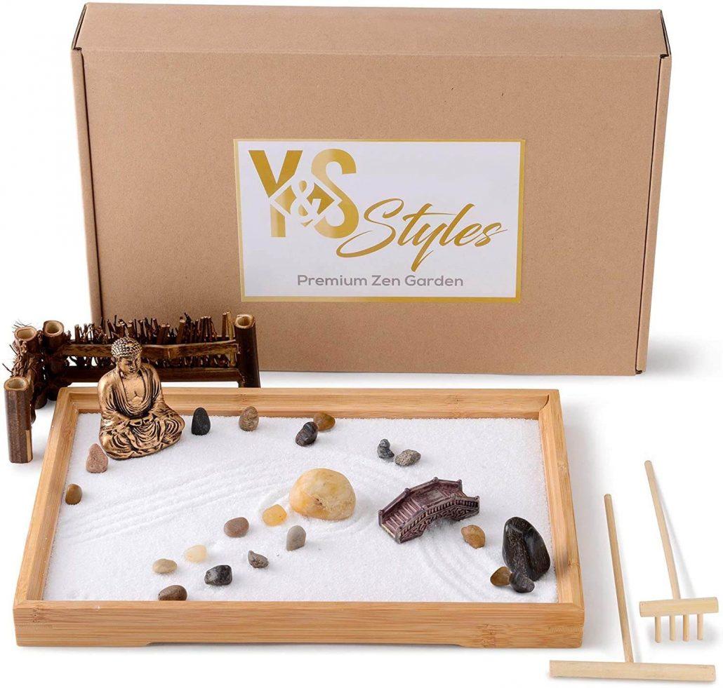 Zen garden sandbox kit for anxiety and fidgeting.