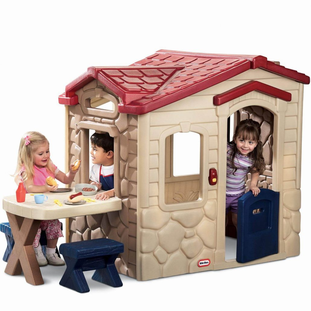 Little Tikes Picnic on the Patio outdoor playhouse for toddlers.