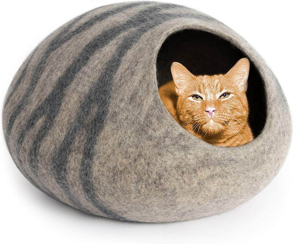 Meowfia modern cat bed cave made out of 100% merino wool.