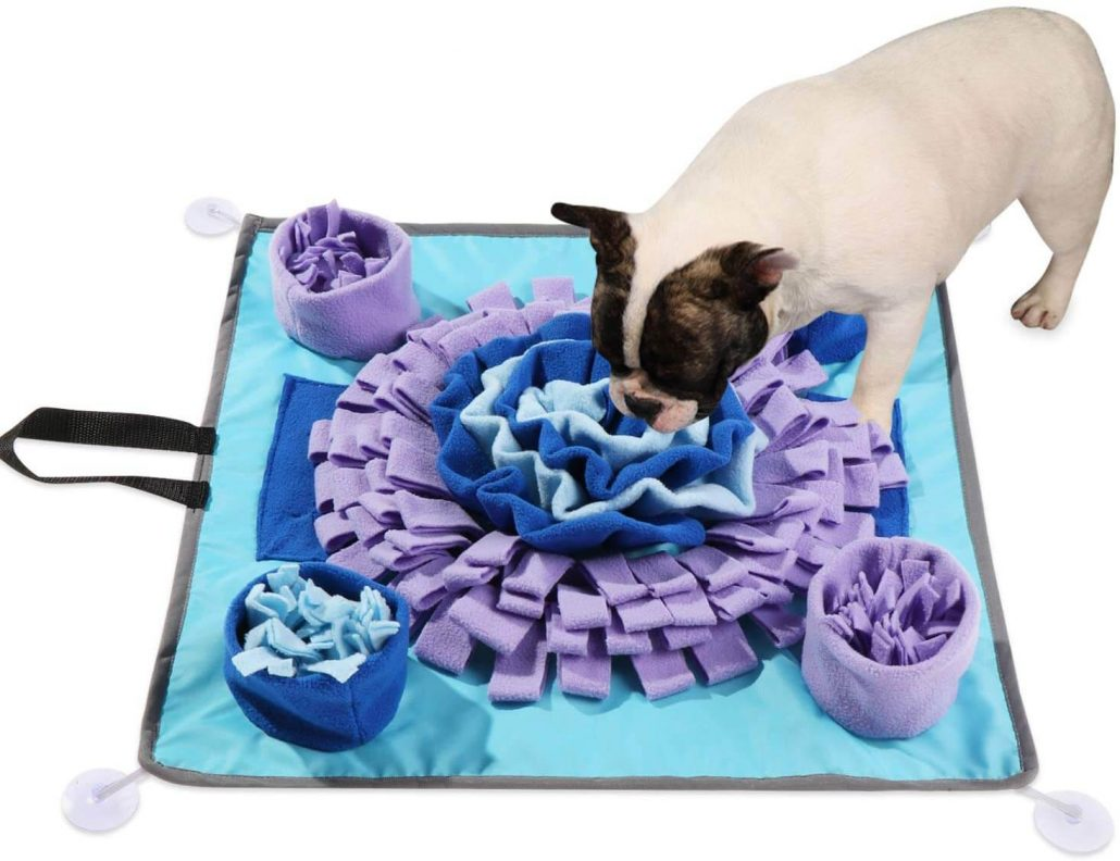 Snuffle mat for dogs with suction cups.