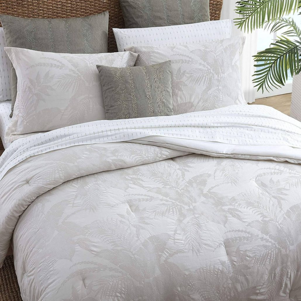 Tommy Bahama 100% cotton comforter.