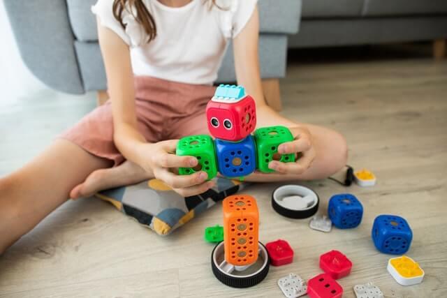 What do STEM activities teach children?