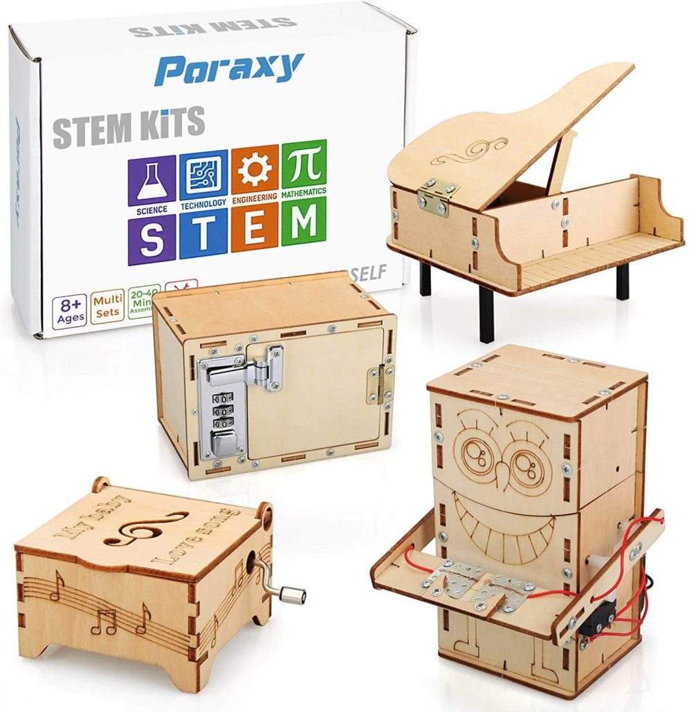 Wooden STEM engineering kit for kids by Poraxy.